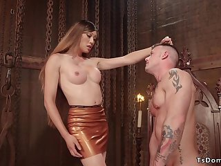 Tranny not far from latex fucks muscled soldier