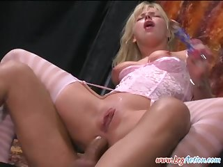 Missy Monroe is a nasty blonde who wants to be fucked respecting her anal hole