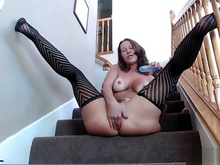 Reproduction Penetration On The Stairs Hot Pawg Milf Jess Ryan