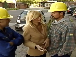 German Mommy Alanah Rae Copulated By Two Construction Workers