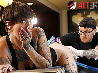 Cast aspersions on has her pussy tattooed while being ass fucked