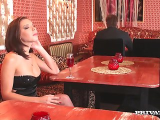 Anal loving pornstar Henessy far stockings gets fucked beyond everything the chair