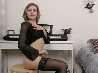 Dirty-minded all alone Judith Angel goes solo as she has some toys be expeditious for her holes