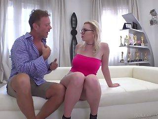 Italian stud Rocco Siffredi fucks sextractive Russian hooker Mery Monroe